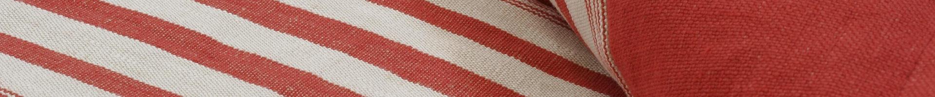 Bed runner in striped linen Maremma border in plain linen Maremma