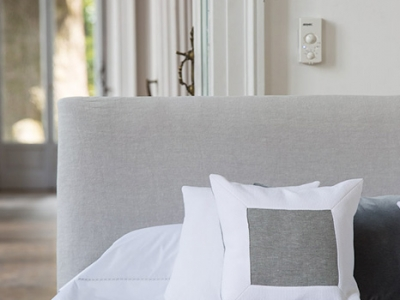Model Halley linen and cotton decorative cushions