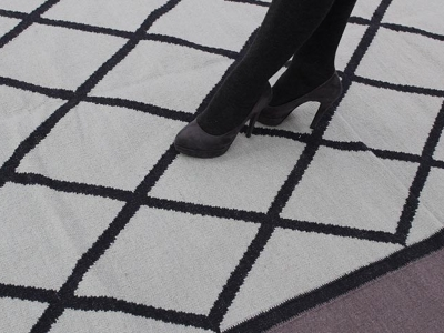 Special rug with diamond pattern