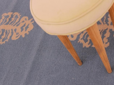 Special rug with cardo pattern