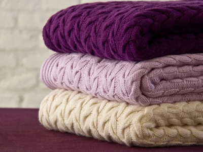 Coloured cashmere blankets