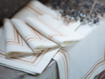 100% linen tablemats with printed borders