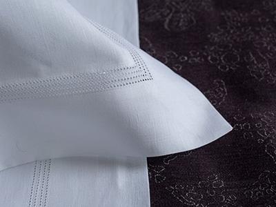 RENOIR bed linen in 100% linen with 4 hemstitch