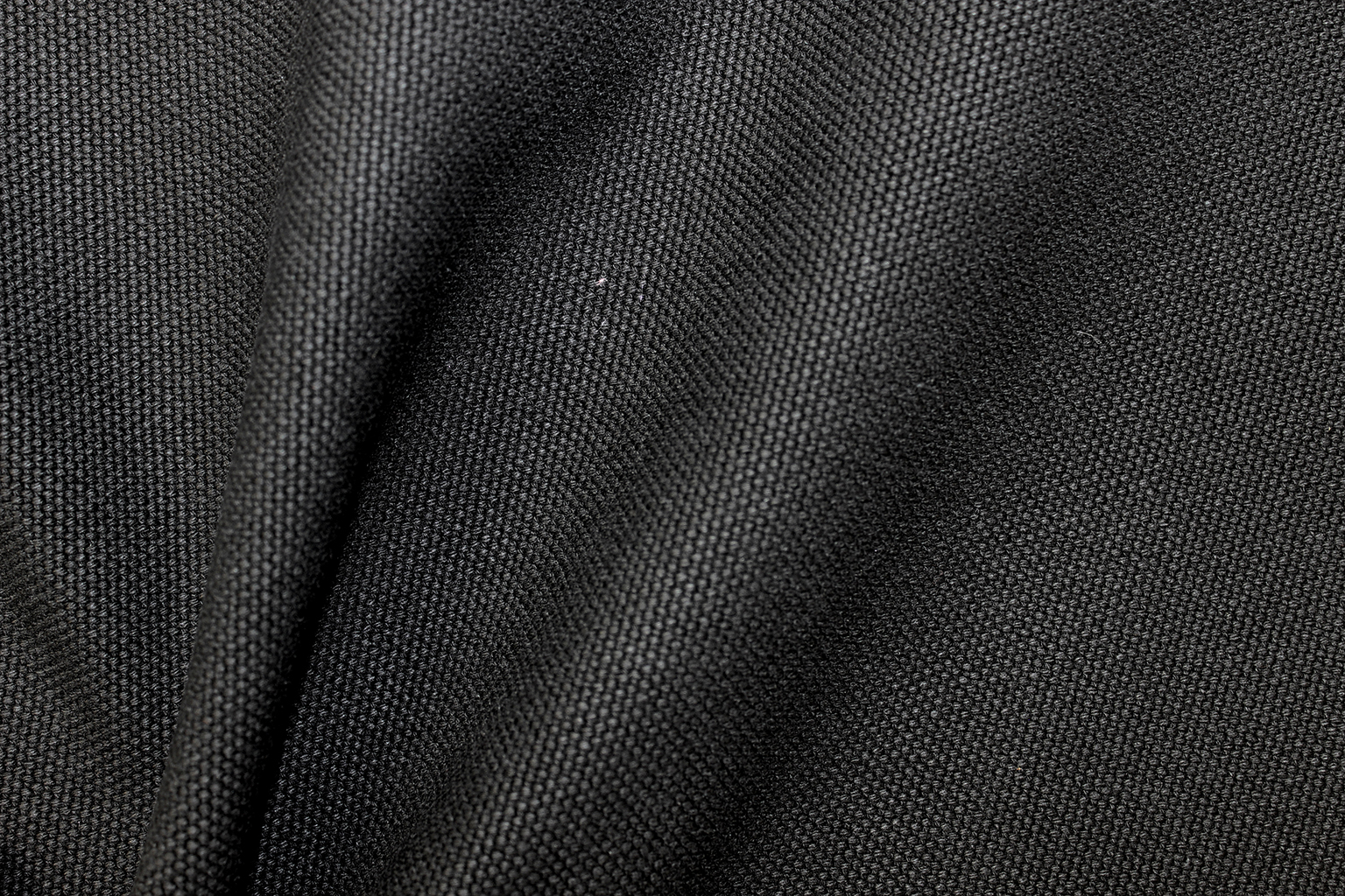 CANOVA Black